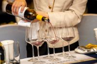 """发展利好 国产葡萄酒不应为""""配角"""""""
